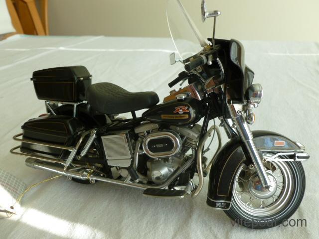 Franklin Mint Harley Davidson 1976 Electra Glide