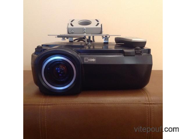Projecteur pour cinéma maison
