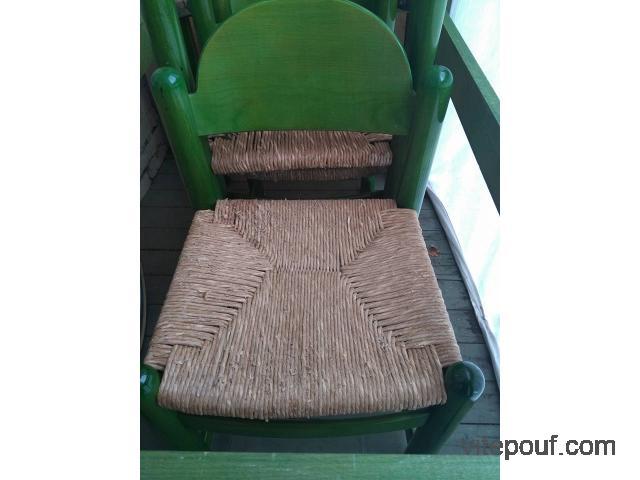 Table et 4 chaises en bois