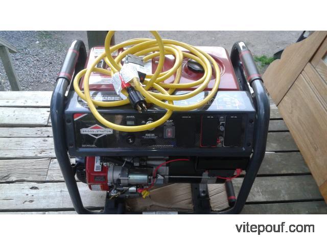 Génératrice à démarrage électrique Briggs & Stratton, 8 000 W