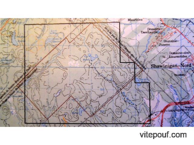 Terrain 3485 acres avec plusieurs lacs Zoné Blanc