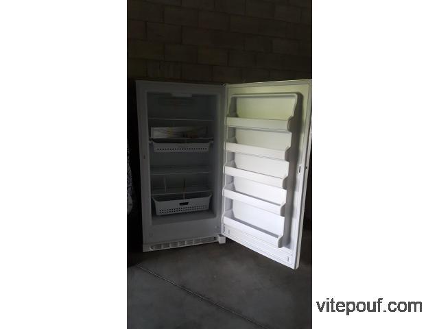 Congelateur blanc neuf