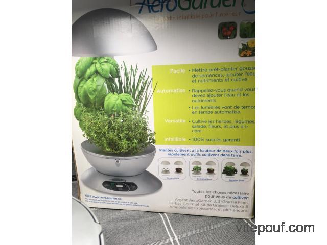 Aero Garden3 / Hydroponic Indoor Garden / Jardin Hidroponic Maison