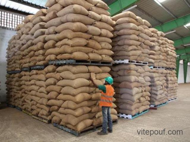 VENTE DE CAFÉ ET DIVERS PRODUITS AGRICOLE PAR TONNE prix CIF & FOB